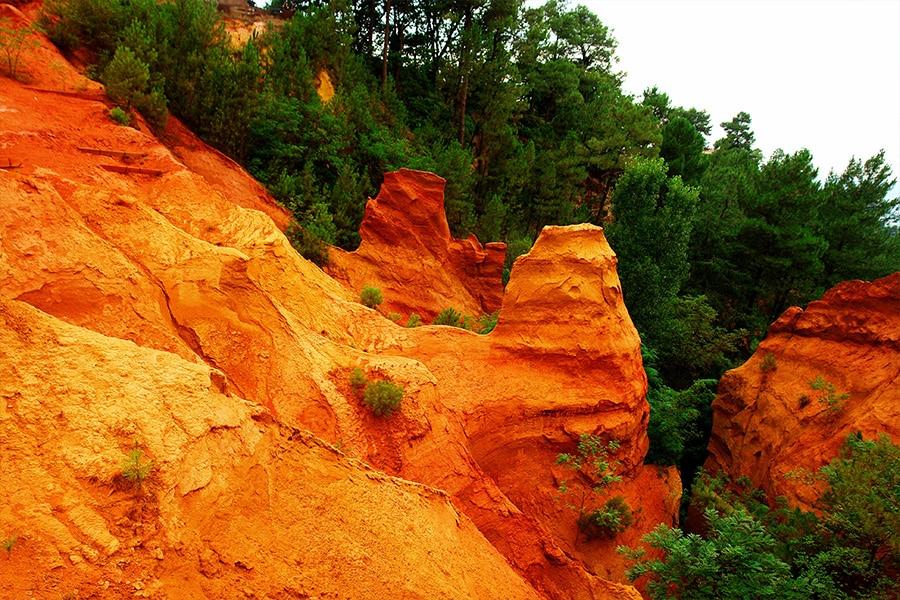 Les Sentiers des Ocres Roussillon