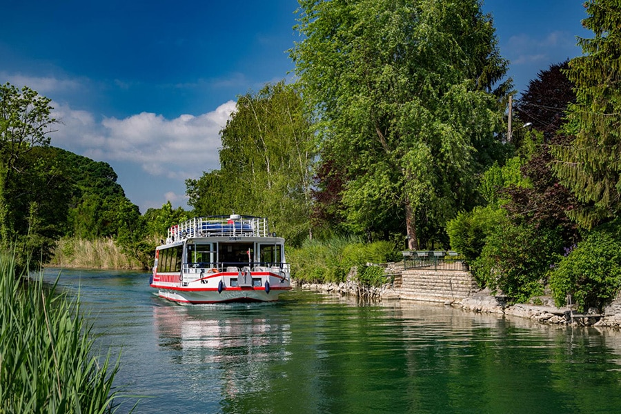 Le Canal de Savière balade en bateau