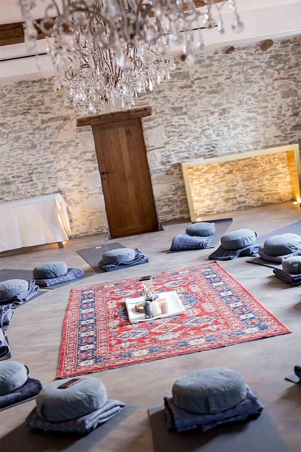 Séance de méditation avec le Château d'Epinay